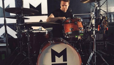 Drum Tech for Mallory Knox @ Reading and Leeds Festival 2017 (Main Stage) Tuning the kit!